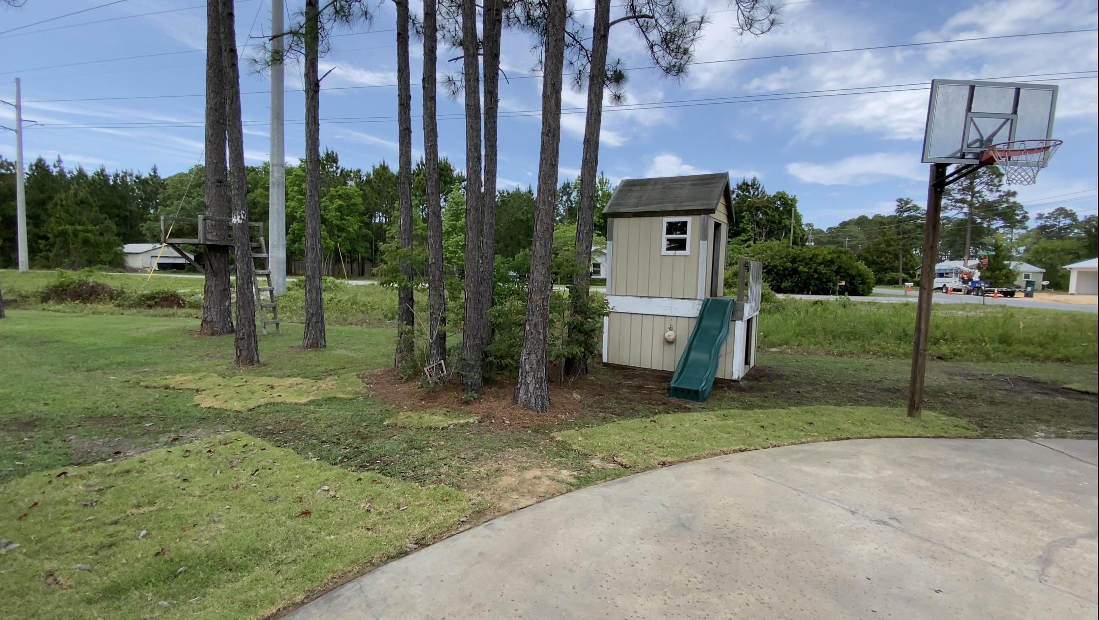 Photo of home for sale at 265 Hewett, Santa Rosa Beach FL
