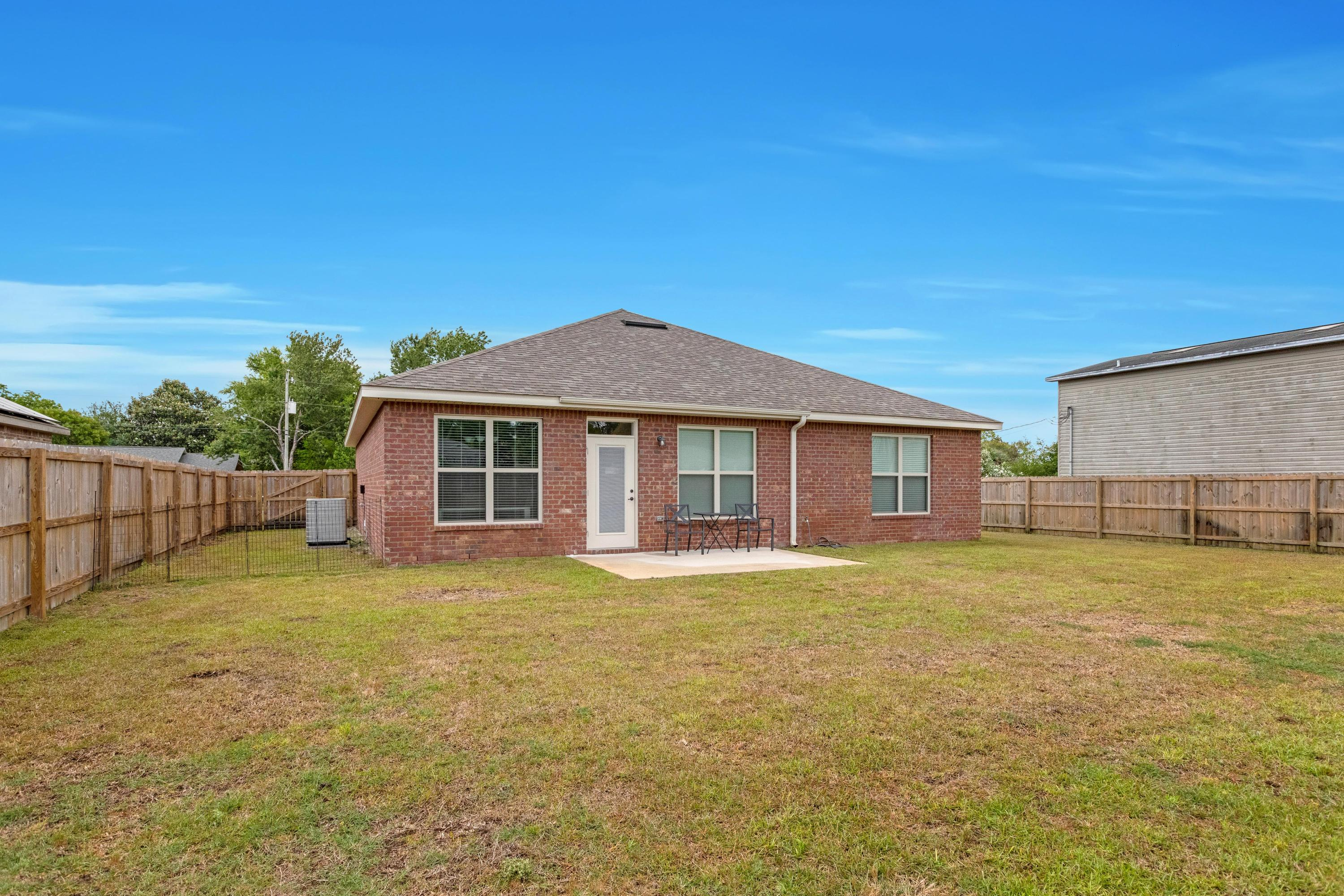 Photo of home for sale at 236 Paschel, Mary Esther FL