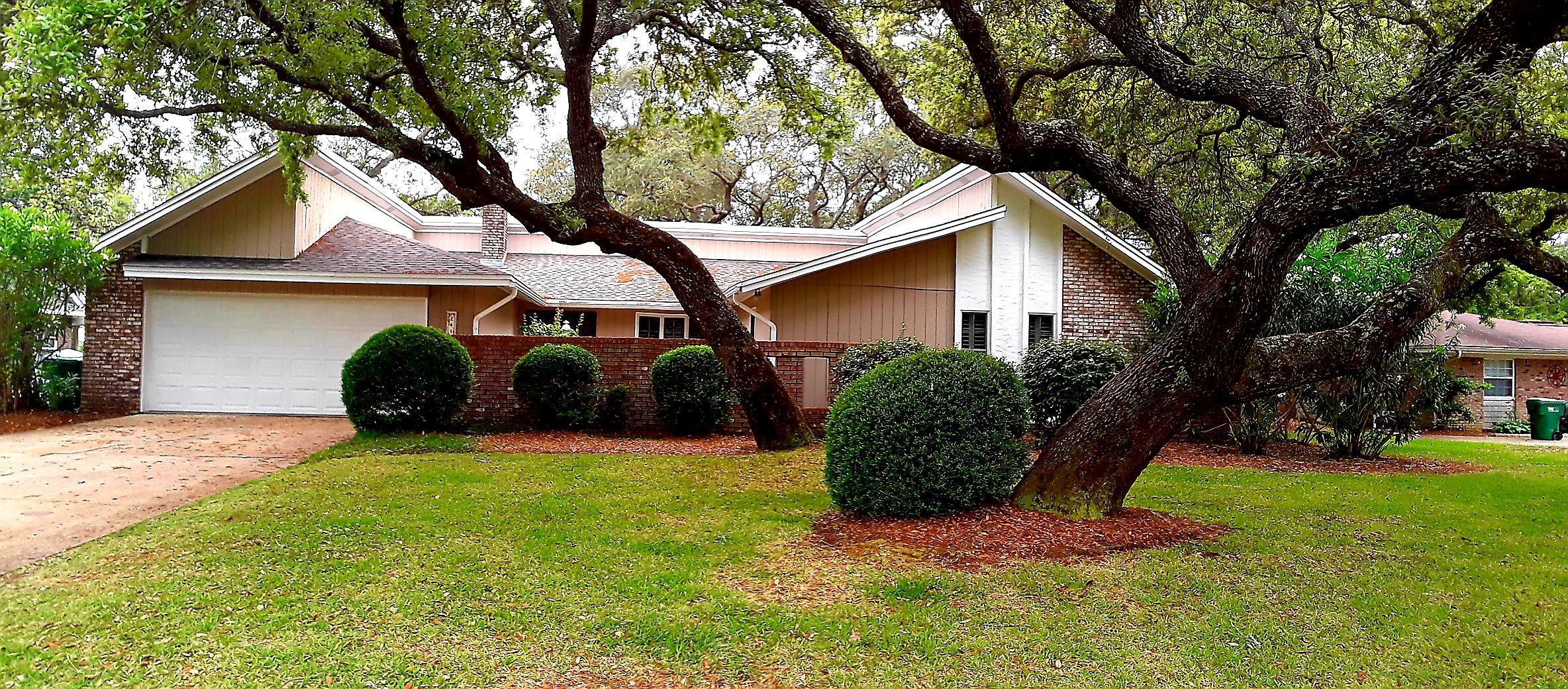 241  Country Club Road, Eglin AFB, Florida
