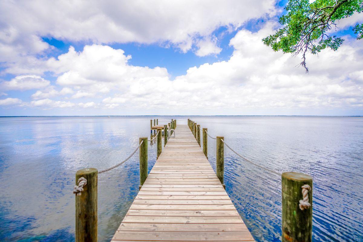 Photo of home for sale at 246 Garden Ln, Santa Rosa Beach FL