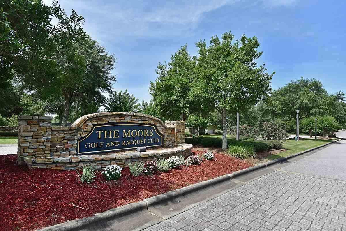 Photo of home for sale at 5818 Highland Lake Dr. Lot 10 Blk H, Milton FL