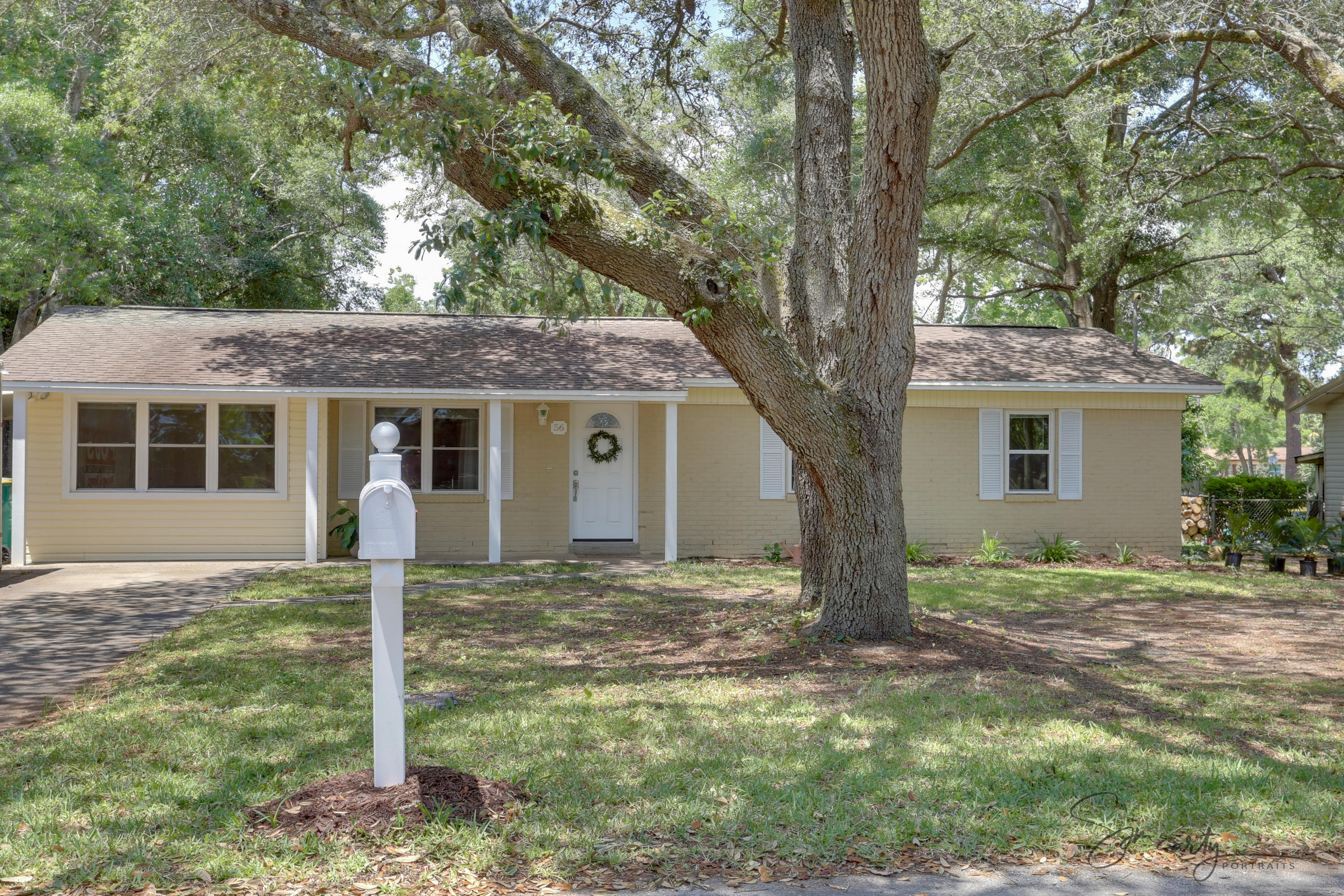 Photo of home for sale at 56 Meigs, Shalimar FL