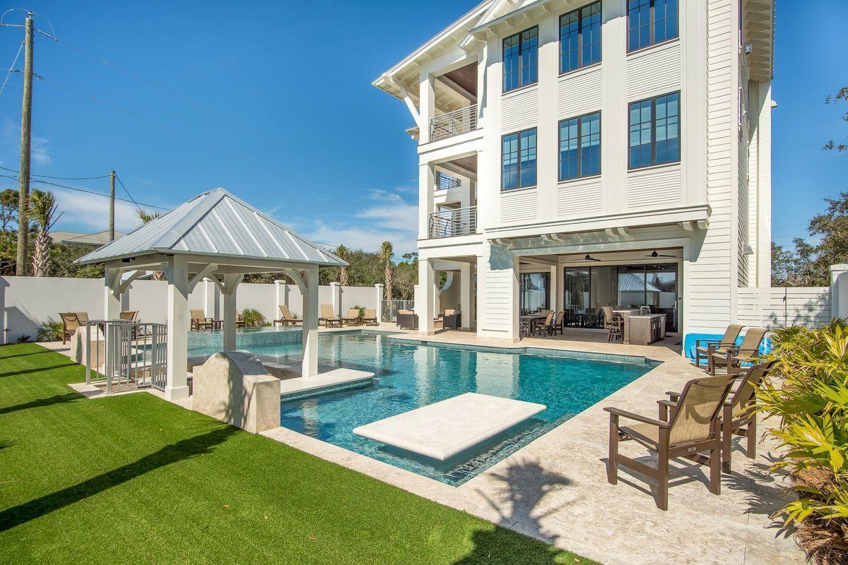 Photo of home for sale at 35 Hinton, Santa Rosa Beach FL