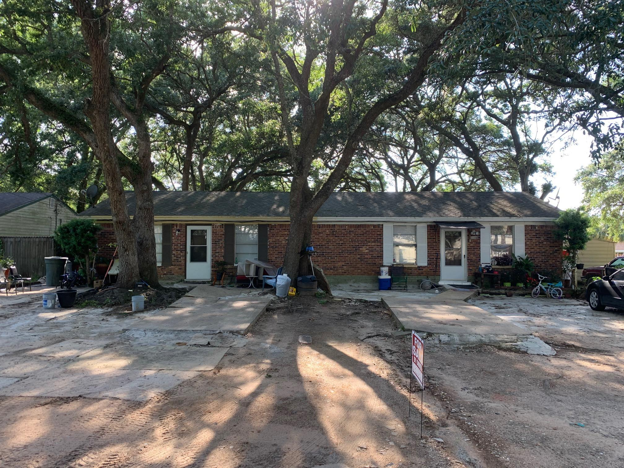Photo of home for sale at 1119 Colbert, Pensacola FL