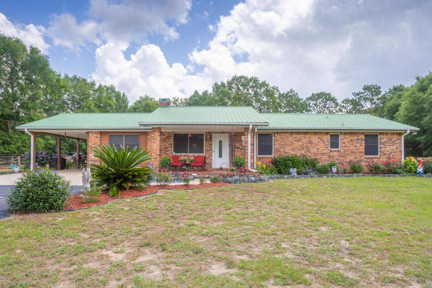 Photo of home for sale at 5621 Buck Ward, Baker FL