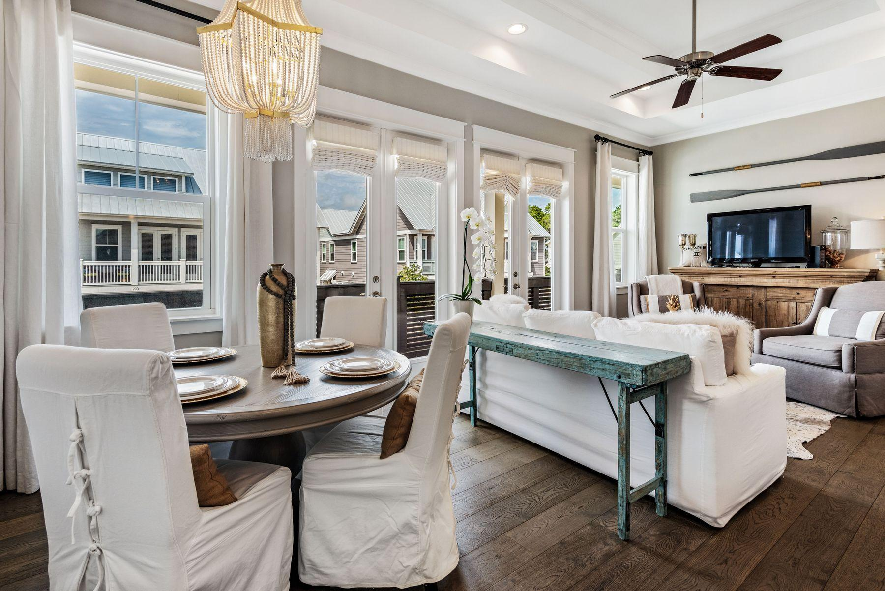 Photo of home for sale at 25 York, Inlet Beach FL