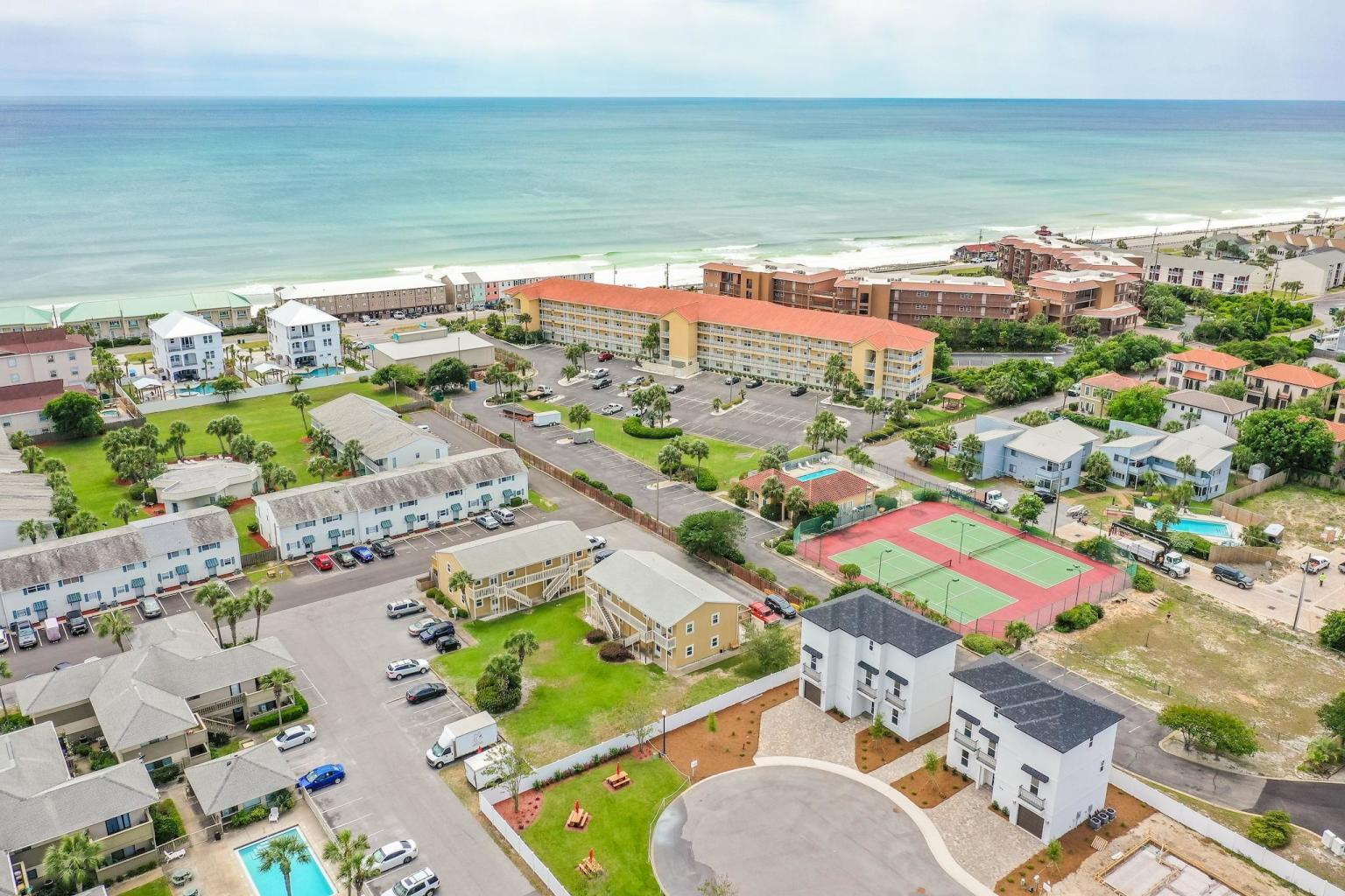 Photo of home for sale at 198 Ciboney, Miramar Beach FL
