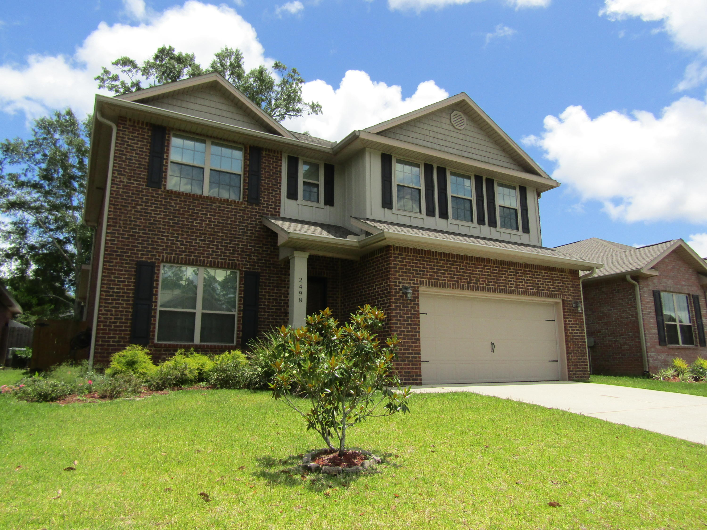 Photo of home for sale at 2498 Redford, Cantonment FL