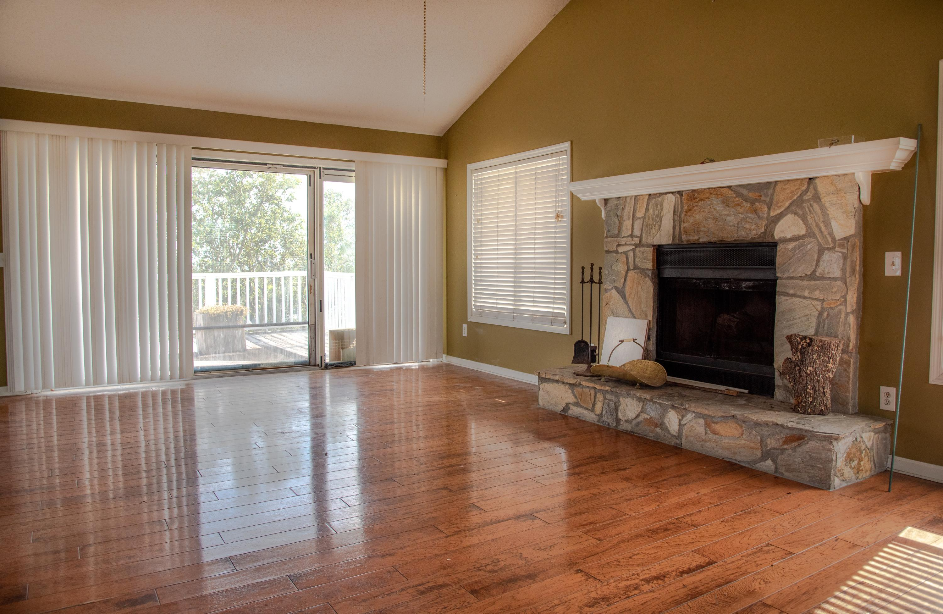 Photo of home for sale at 323 Summit, Destin FL