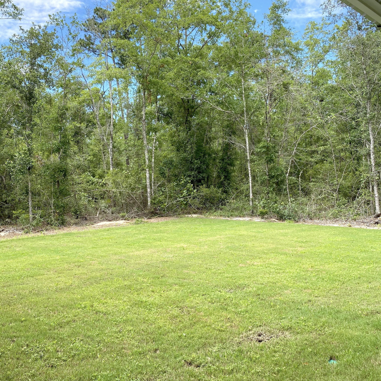 Photo of home for sale at 40 Hibernate, Freeport FL