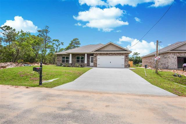 Photo of home for sale at 5457 Longhorn, Gulf Breeze FL