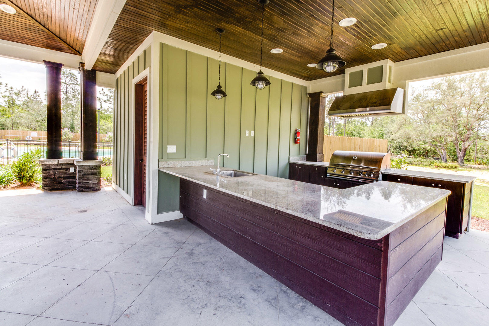 Photo of home for sale at 1053 Limpkin, Crestview FL