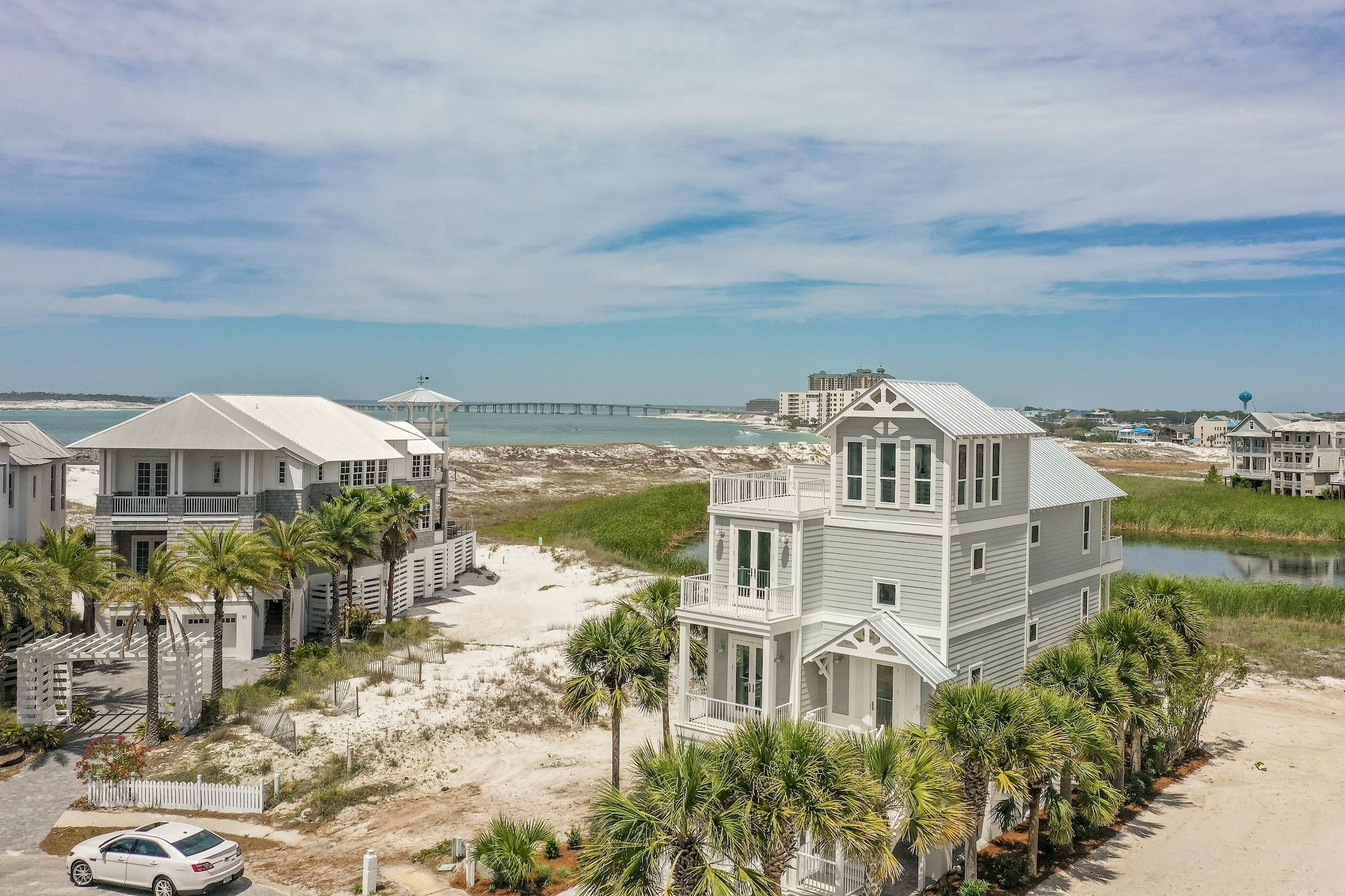 A 4 Bedroom 4 Bedroom Destin Pointe Home