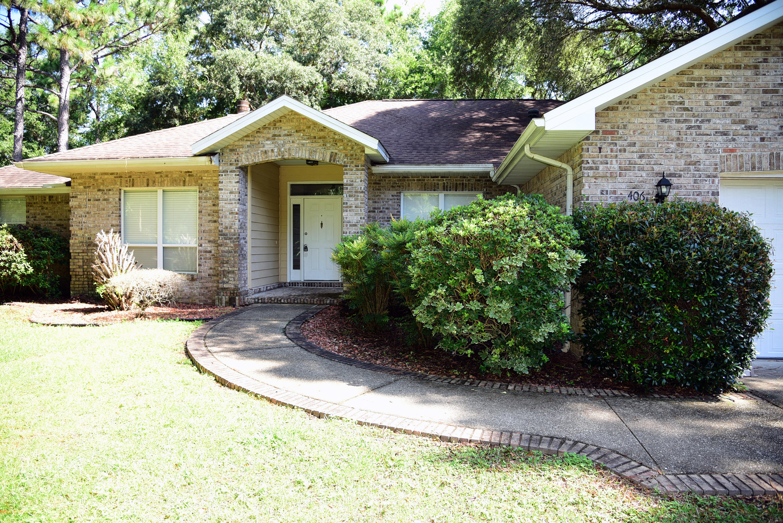 A 3 Bedroom 2 Bedroom Rocky Bayou Country Club Estates 8 Rental
