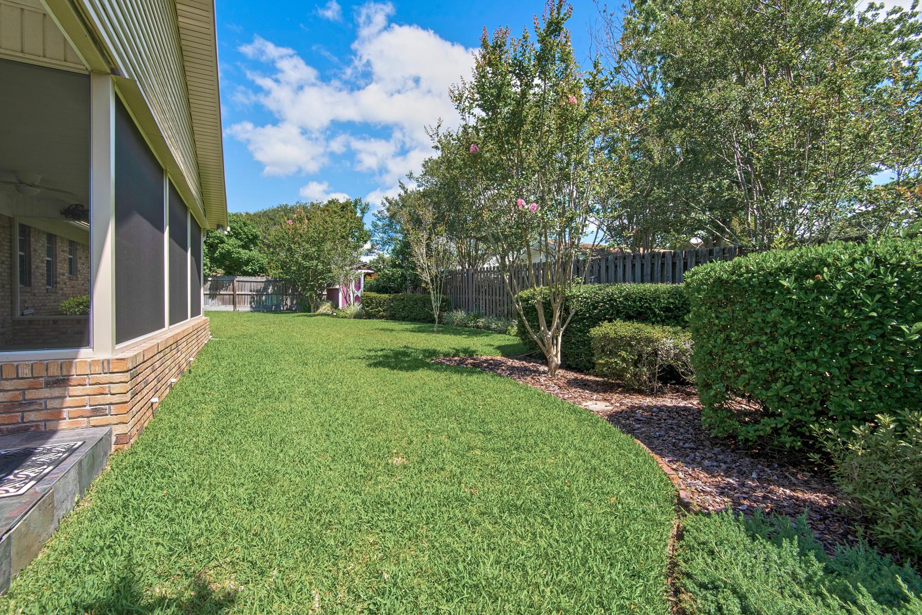 Photo of home for sale at 20 Doral, Shalimar FL