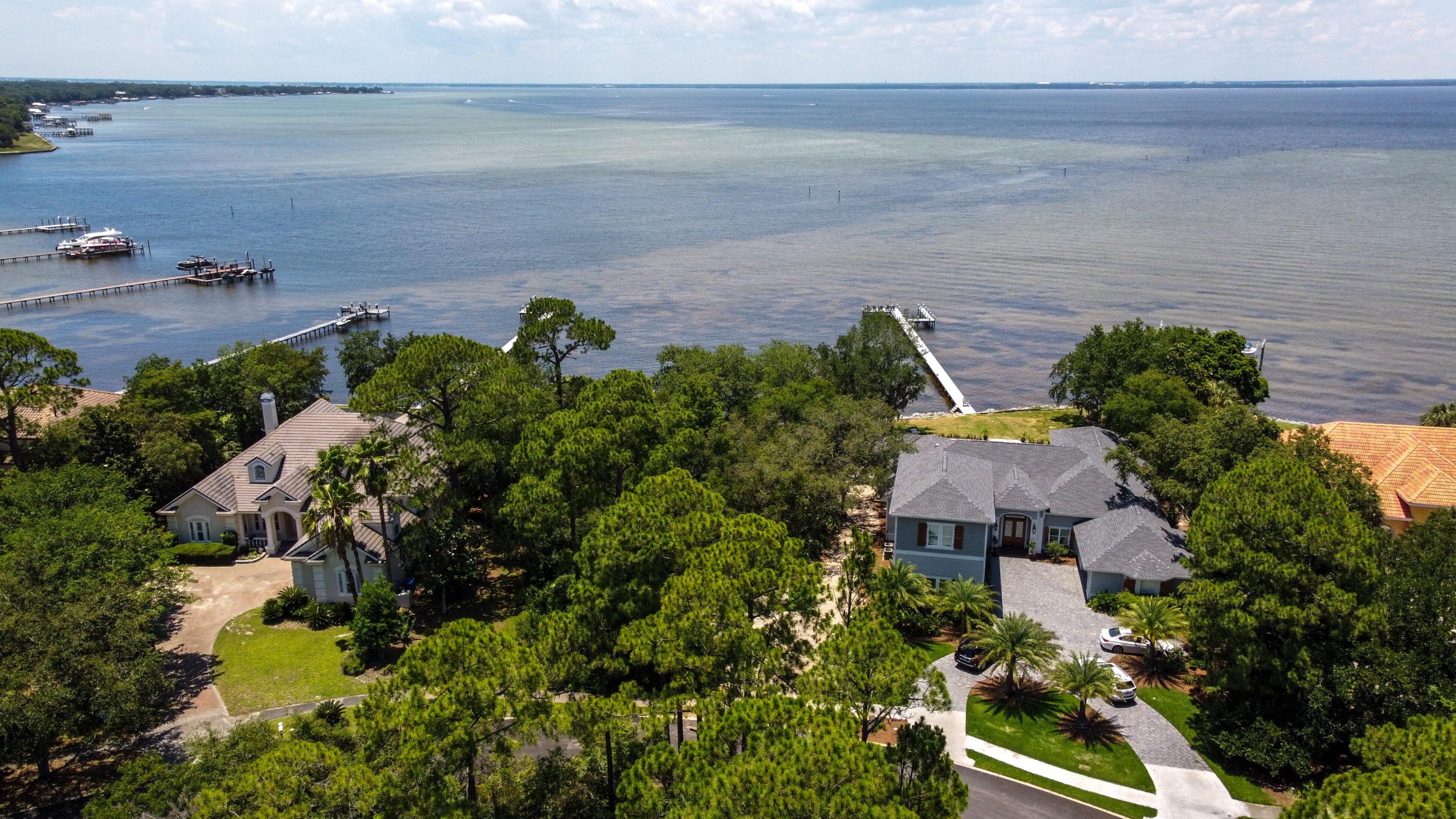 Photo of home for sale at 4505 Sawgrass, Destin FL