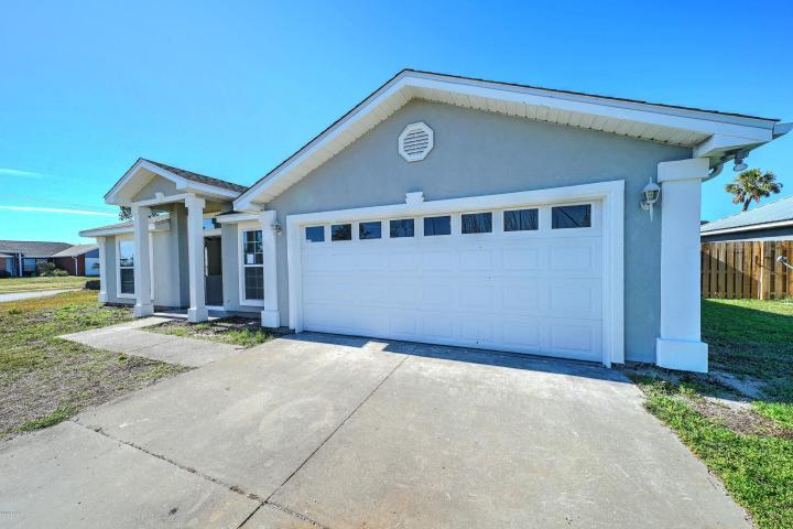 Photo of home for sale at 111 Byrd, Panama City FL