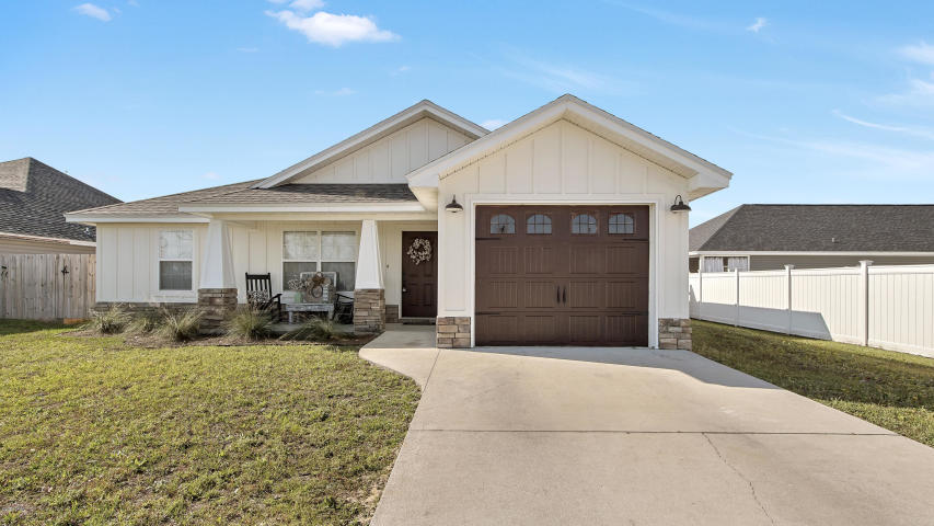 Photo of home for sale at 2502 39th, Panama City FL