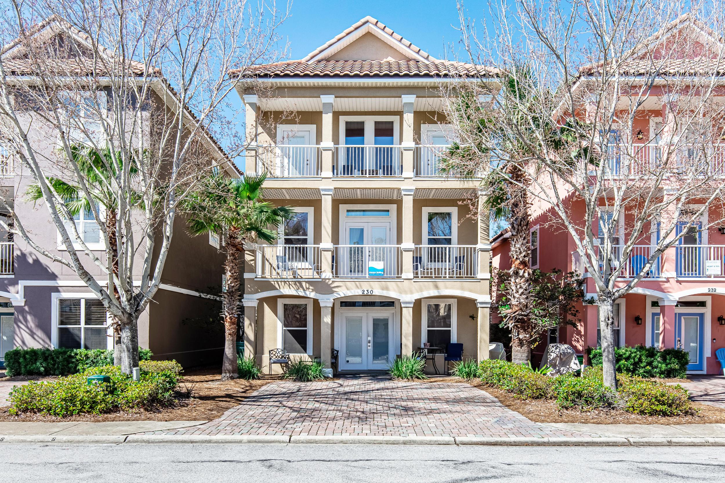 Photo of home for sale at 230 Kono, Destin FL