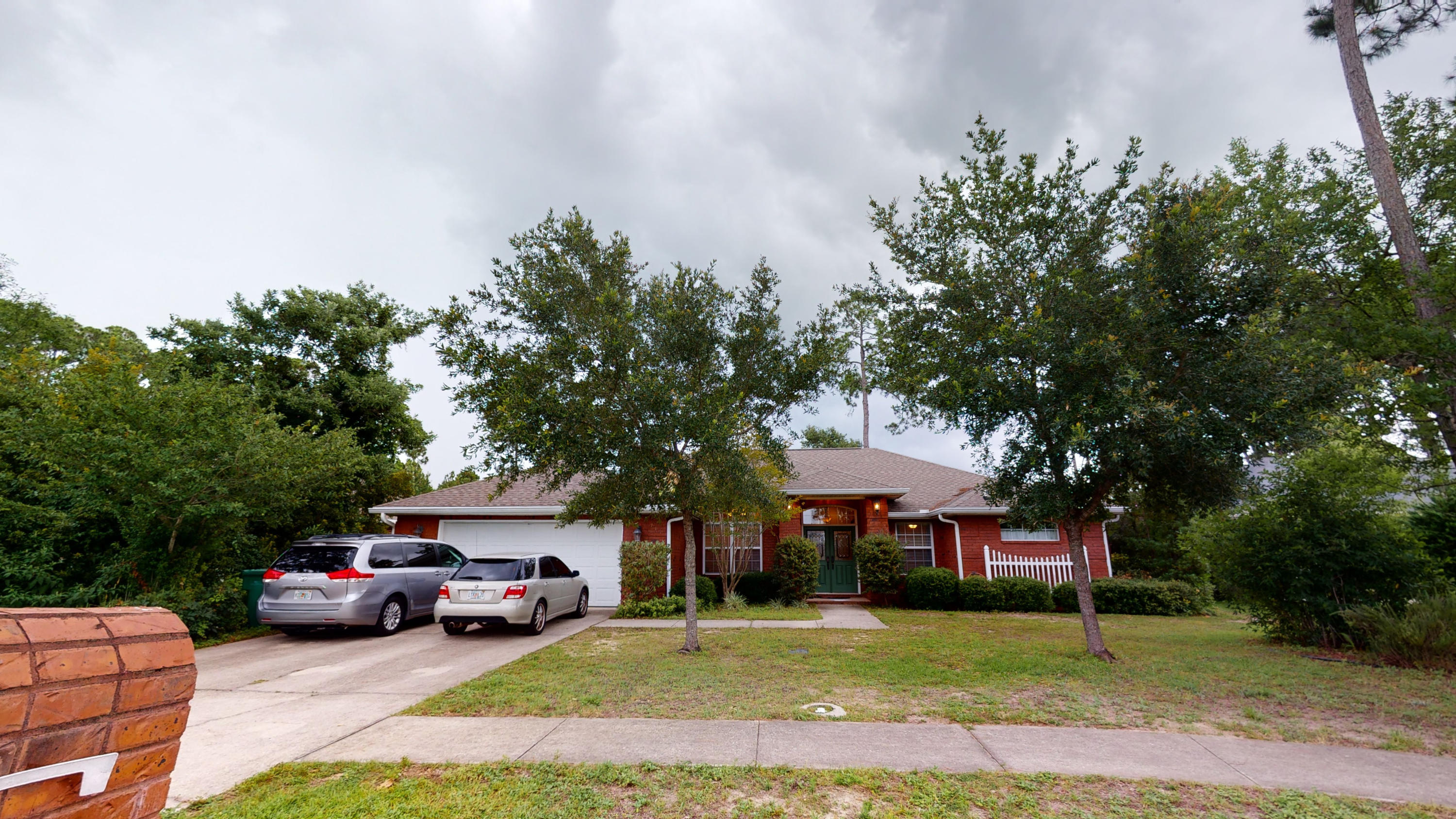 A 4 Bedroom 3 Bedroom Bayshore Place Home