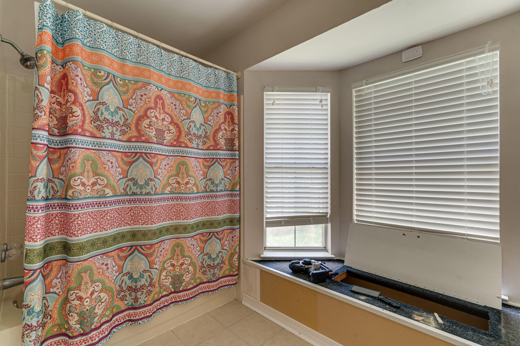 Photo of home for sale at 2716 Willow Grove, Fort Walton Beach FL