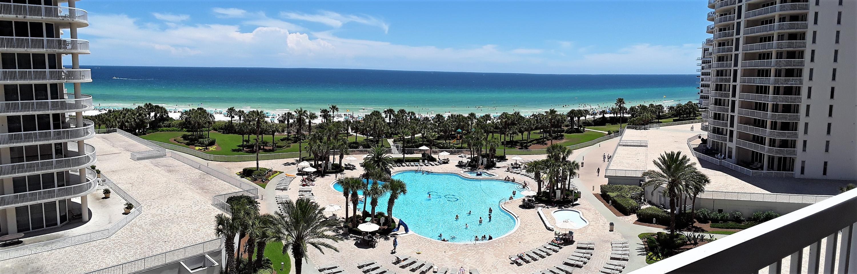 Photo of home for sale at 15300 Emerald Coast, Destin FL