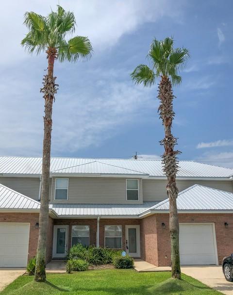 Photo of home for sale at 150 Bent Arrow, Destin FL