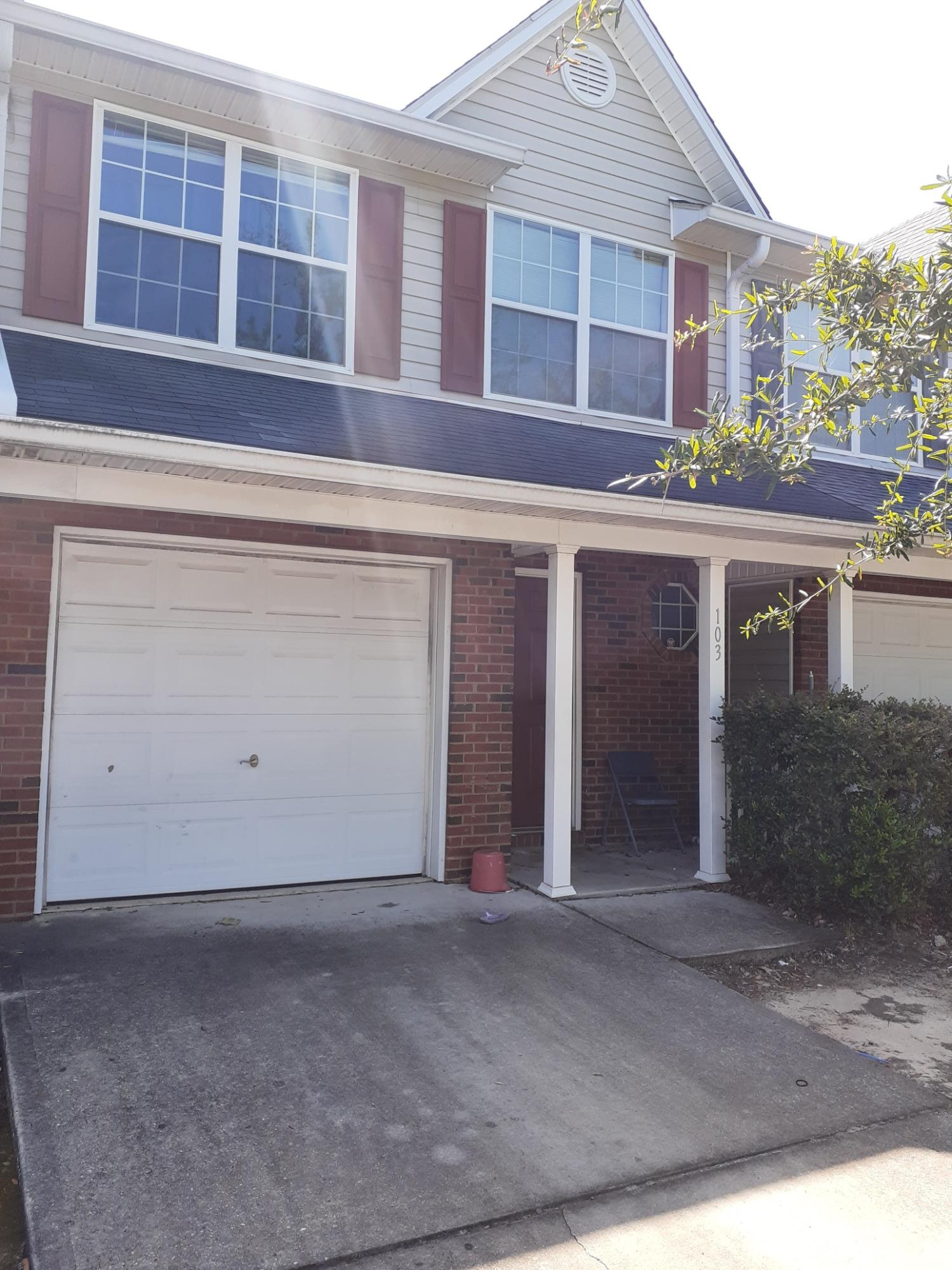 Photo of home for sale at 103 Swaying Pine, Crestview FL