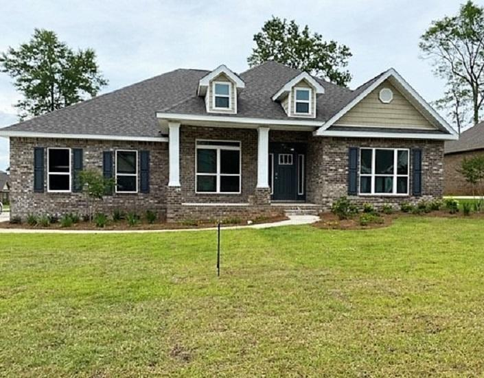 Photo of home for sale at 6051 Diamante, Crestview FL