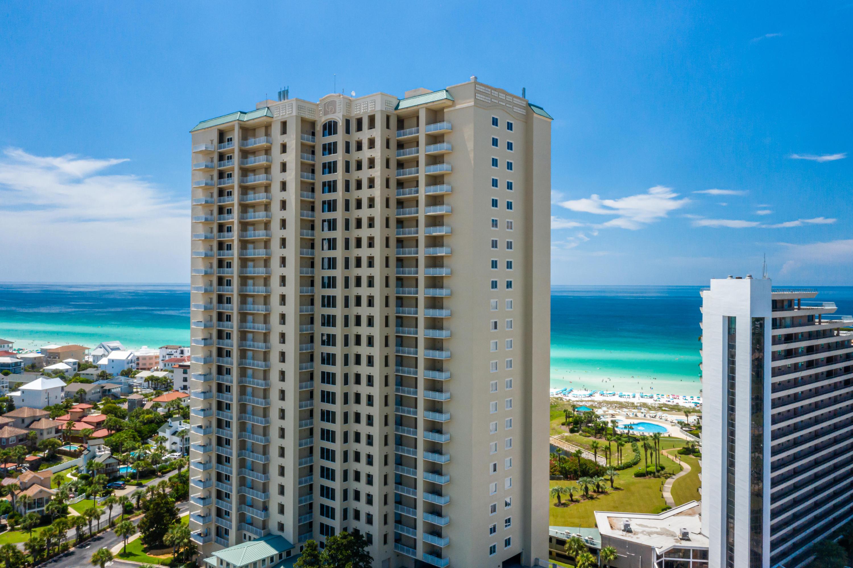 Photo of home for sale at 221 Scenic Gulf, Miramar Beach FL