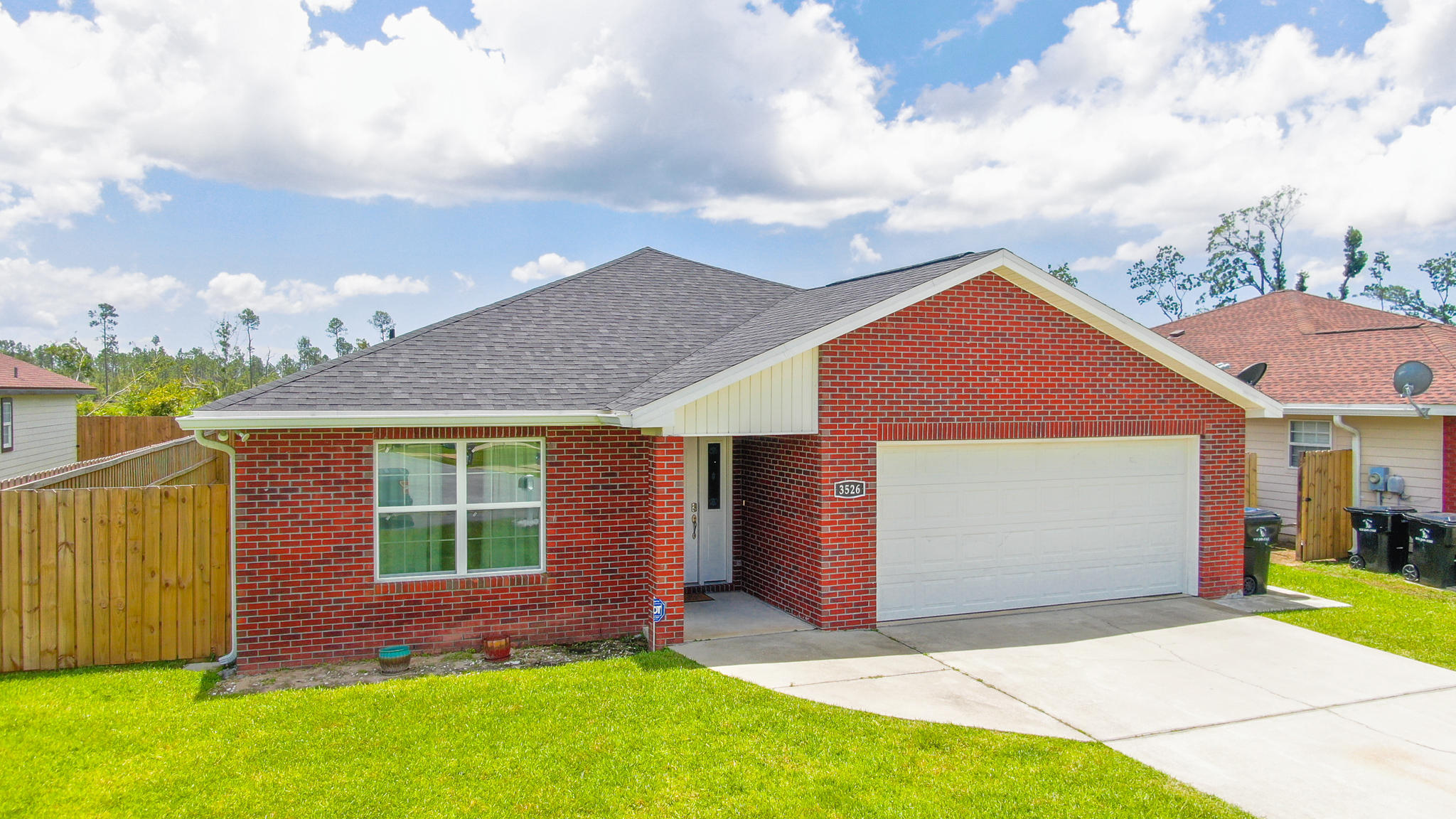 Photo of home for sale at 3526 Brentwood, Panama City FL