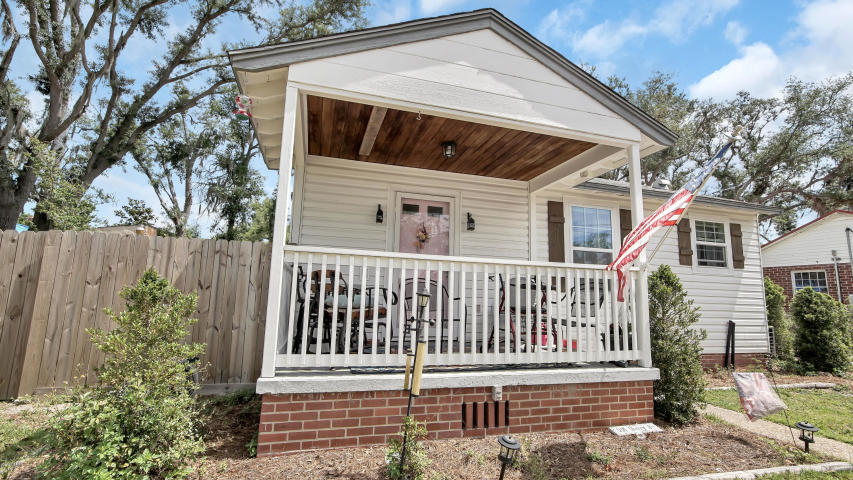 Photo of home for sale at 1205 Cherry, Panama City FL