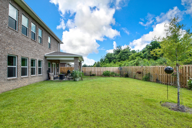 Photo of home for sale at 610 Cornelia, Freeport FL