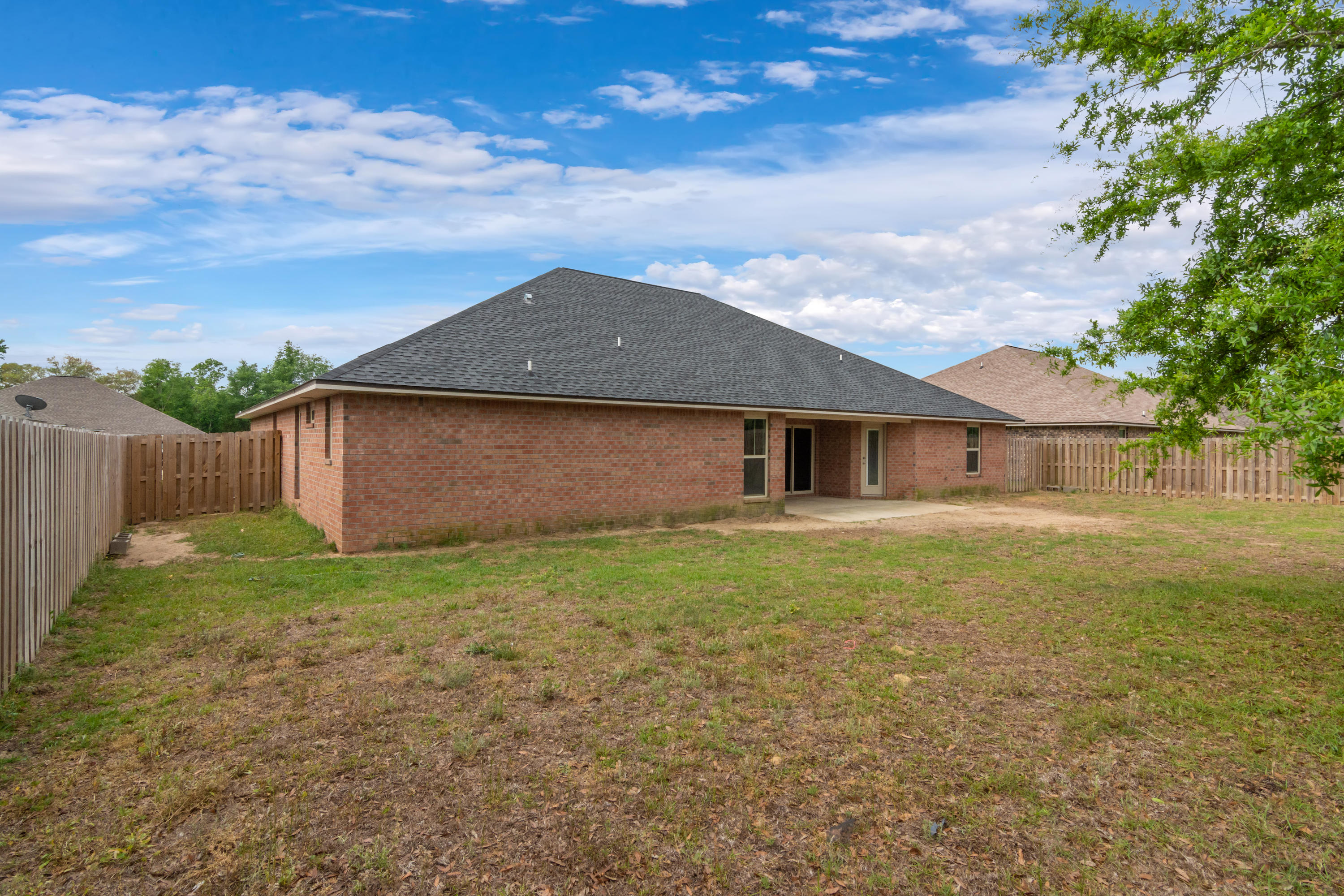 Photo of home for sale at 4734 Chanson, Crestview FL