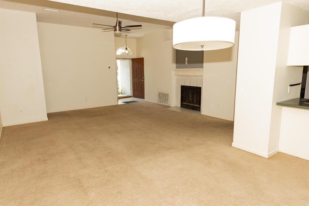 MLS Property 852443
