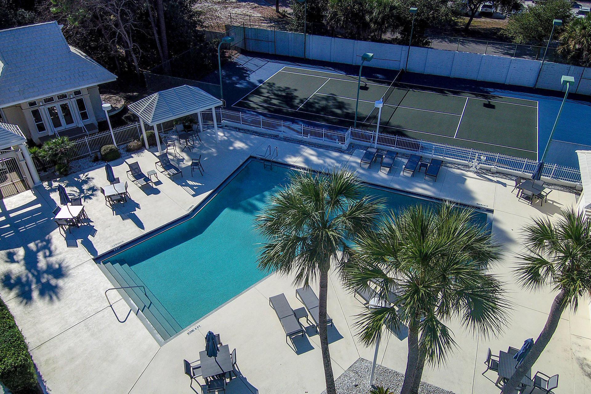 Photo of home for sale at 12 White Cliffs, Santa Rosa Beach FL