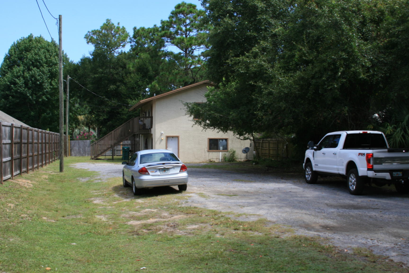 Photo of home for sale at 43 5th, Shalimar FL