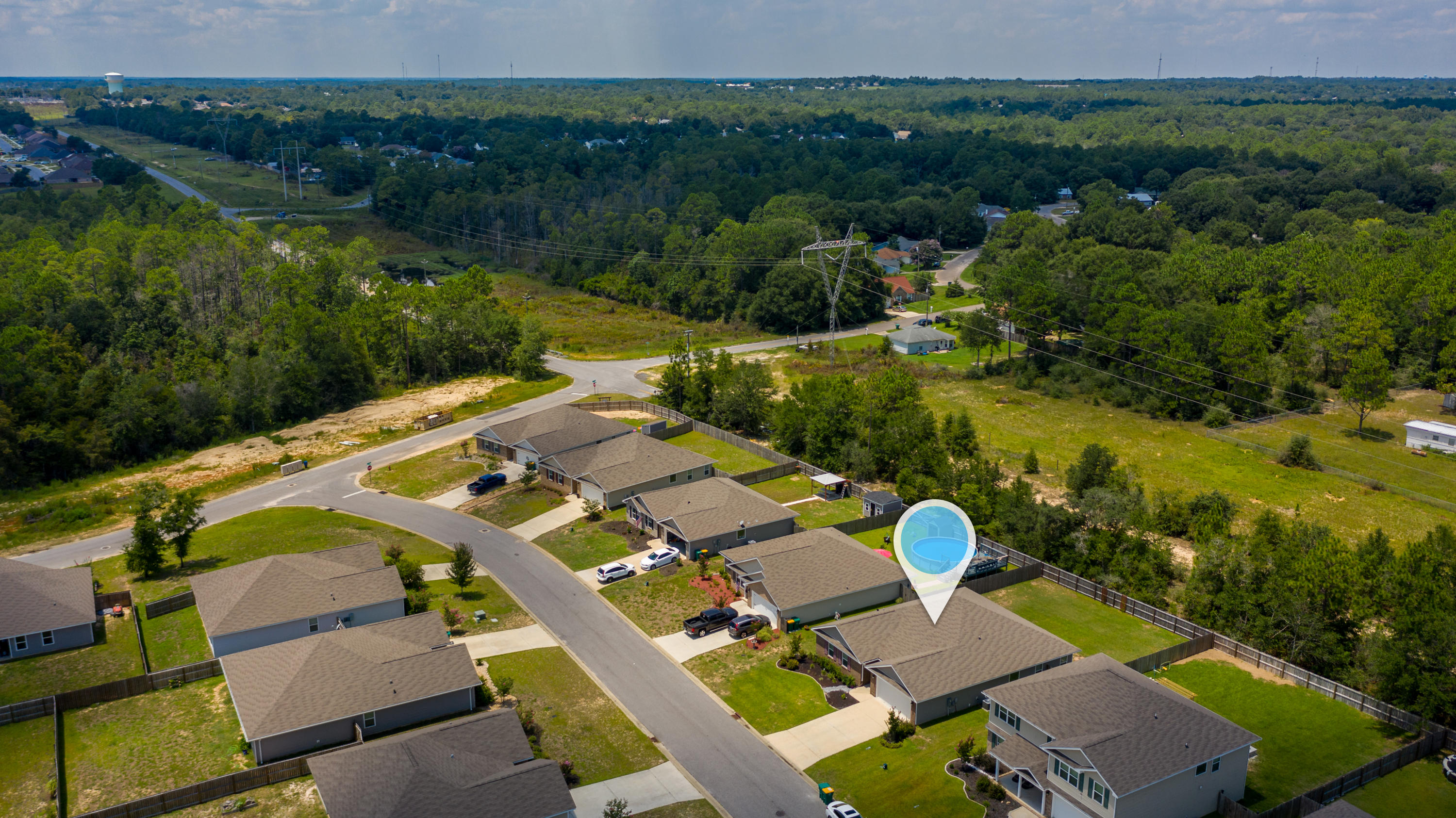 Photo of home for sale at 3109 Partridge, Crestview FL