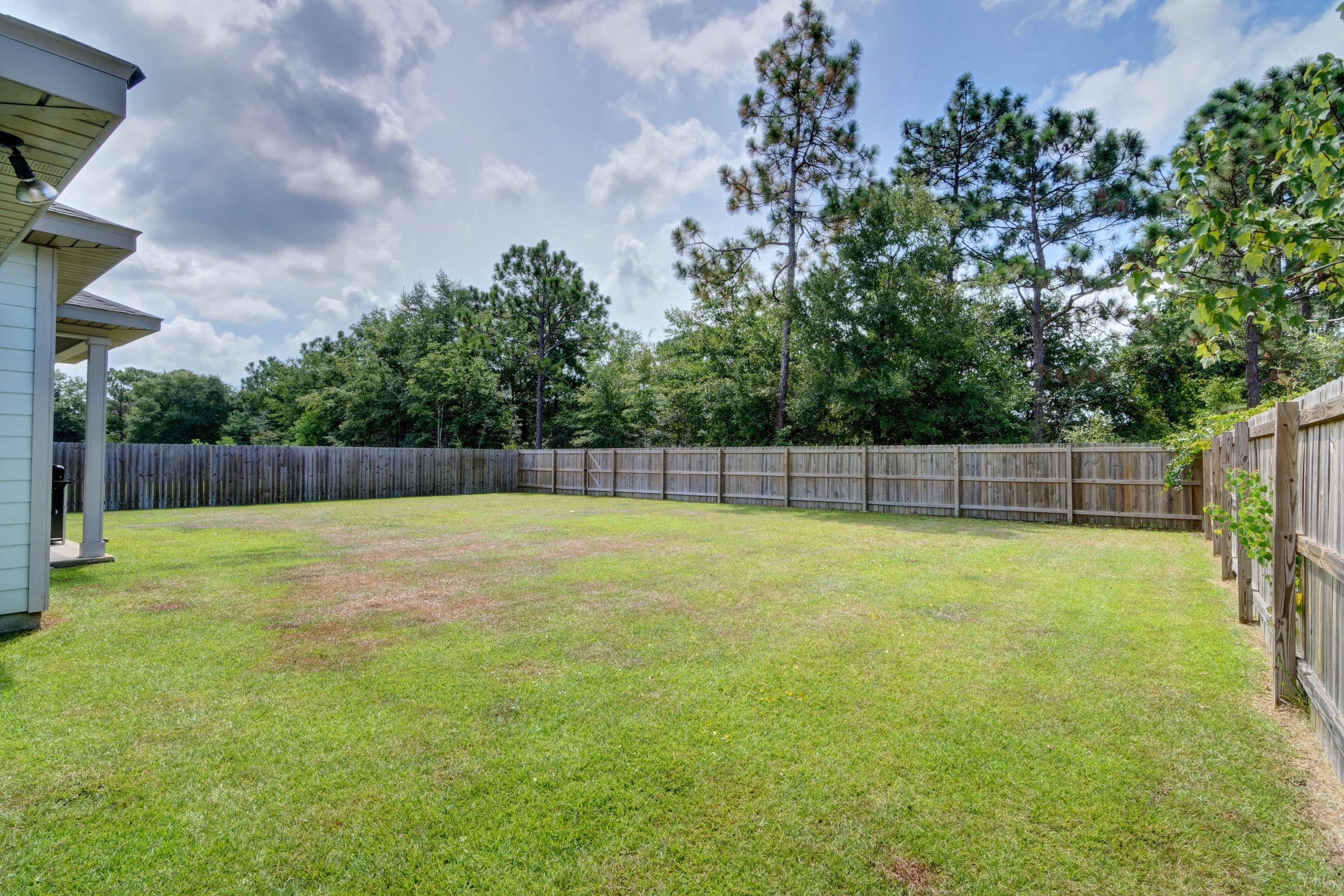 Photo of home for sale at 8177 Lucena, Navarre FL
