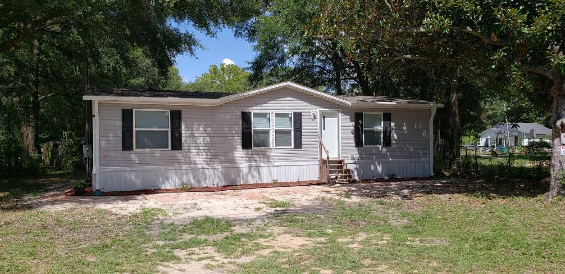 Photo of home for sale at 591 Brett, Crestview FL