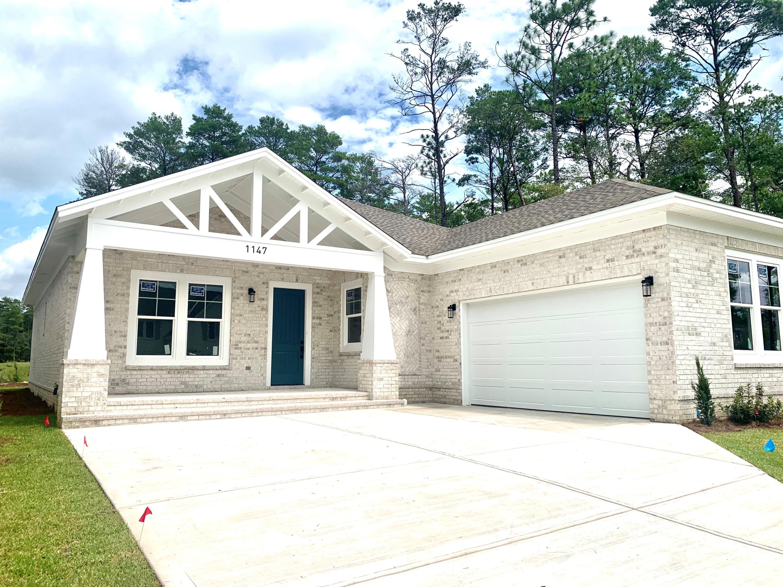 Photo of home for sale at 1147 Deer Moss, Niceville FL