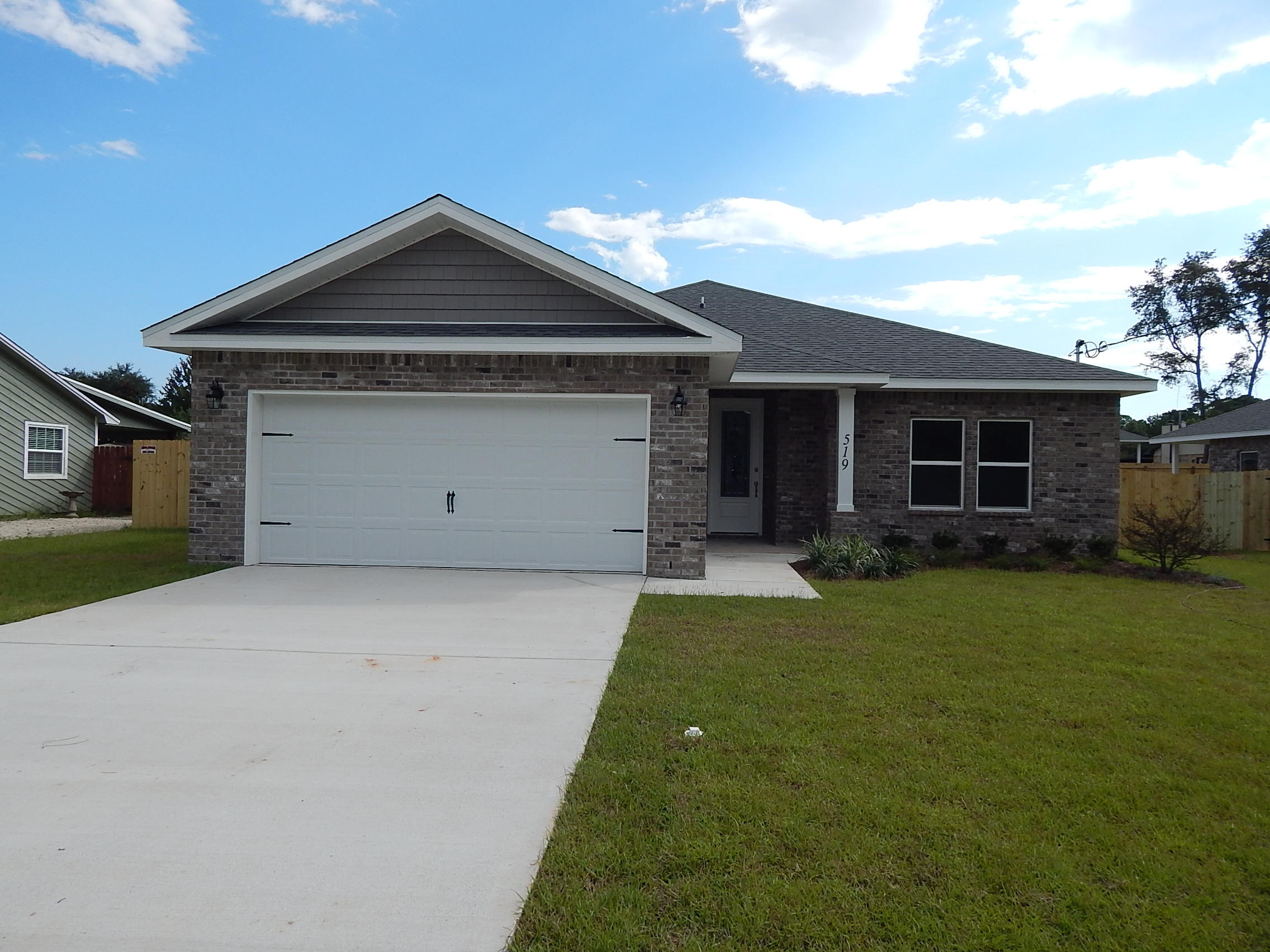 Photo of home for sale at 109 Dolphin, Mary Esther FL