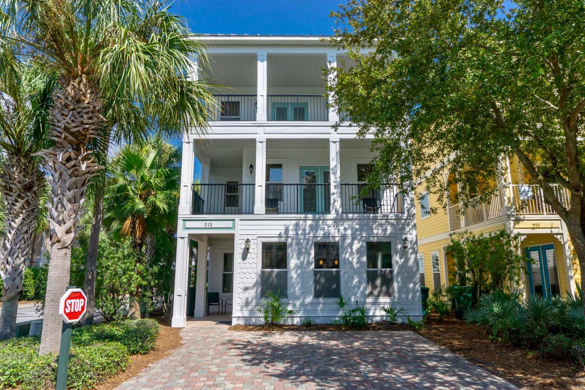 Photo of home for sale at 213 Grand Key, Destin FL