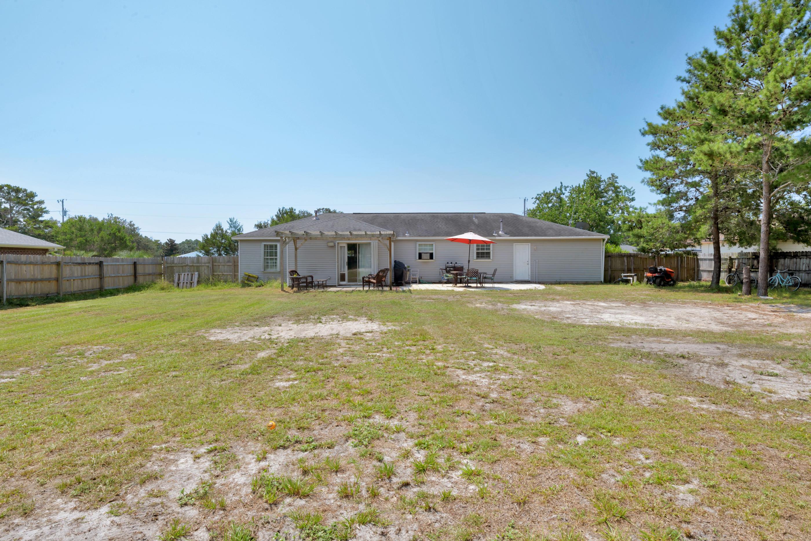 Photo of home for sale at 8638 Estrada, Navarre FL