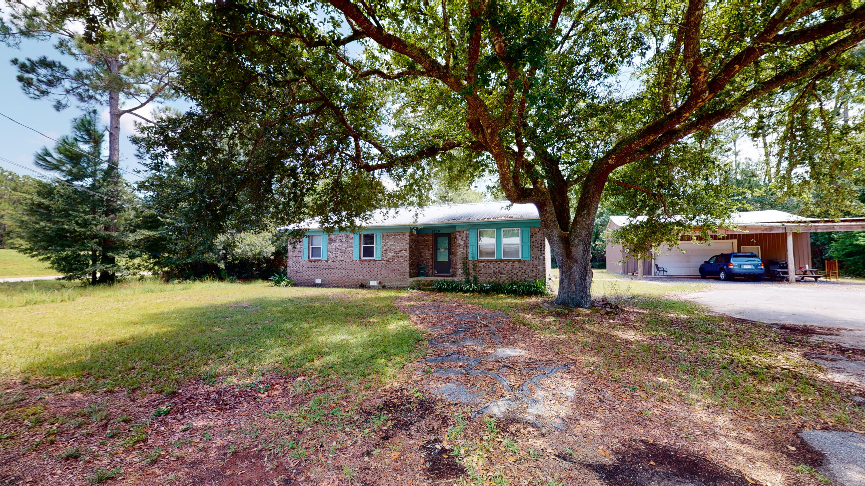 Photo of home for sale at 5779 Trout Bayou, Milton FL