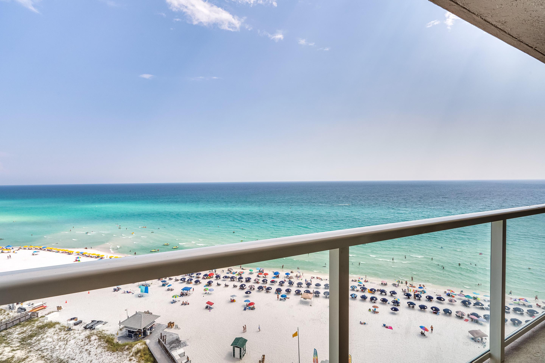 Photo of home for sale at 4333 Beachside Ii, Miramar Beach FL