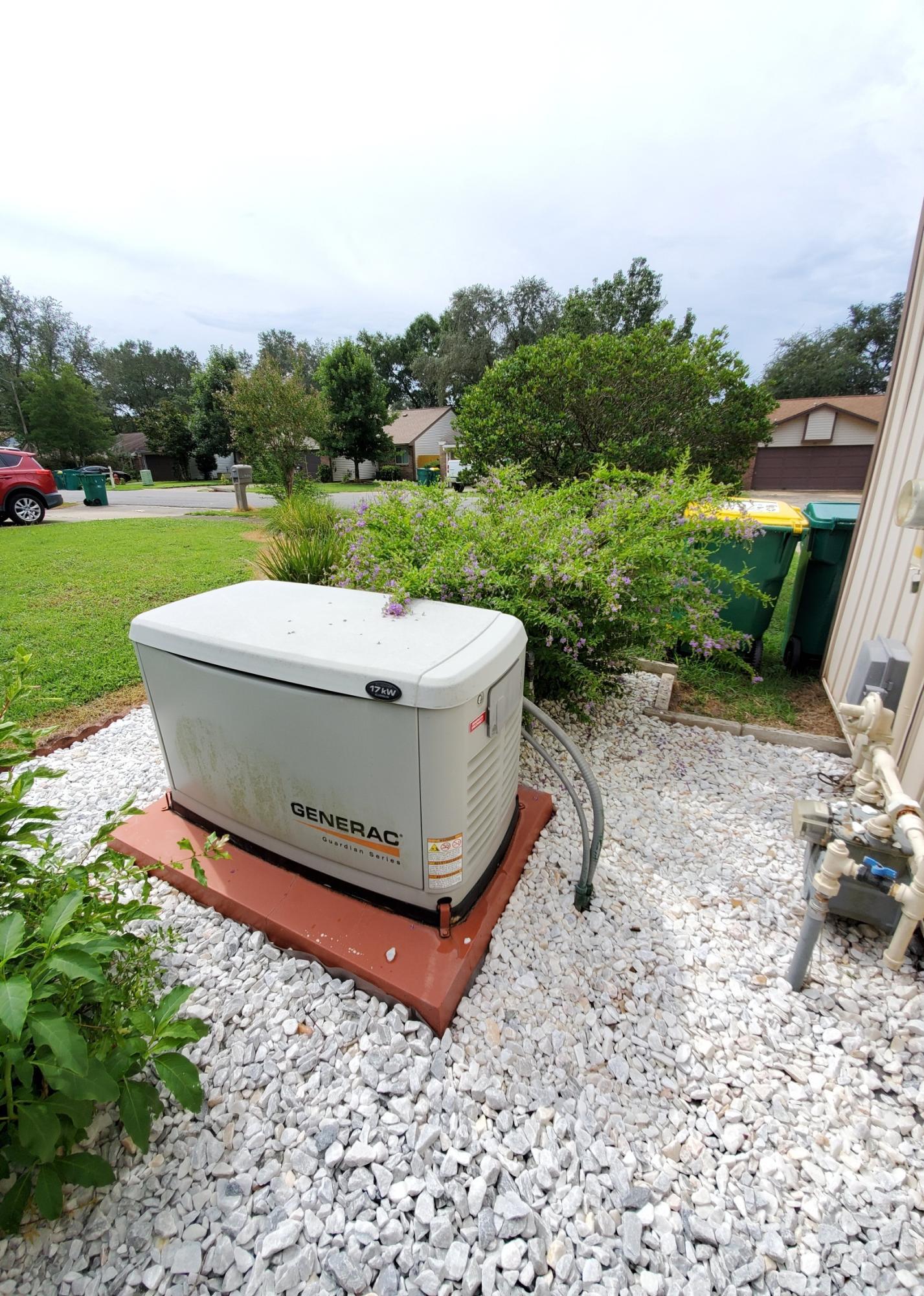 Photo of home for sale at 1026 Alderwood, Niceville FL