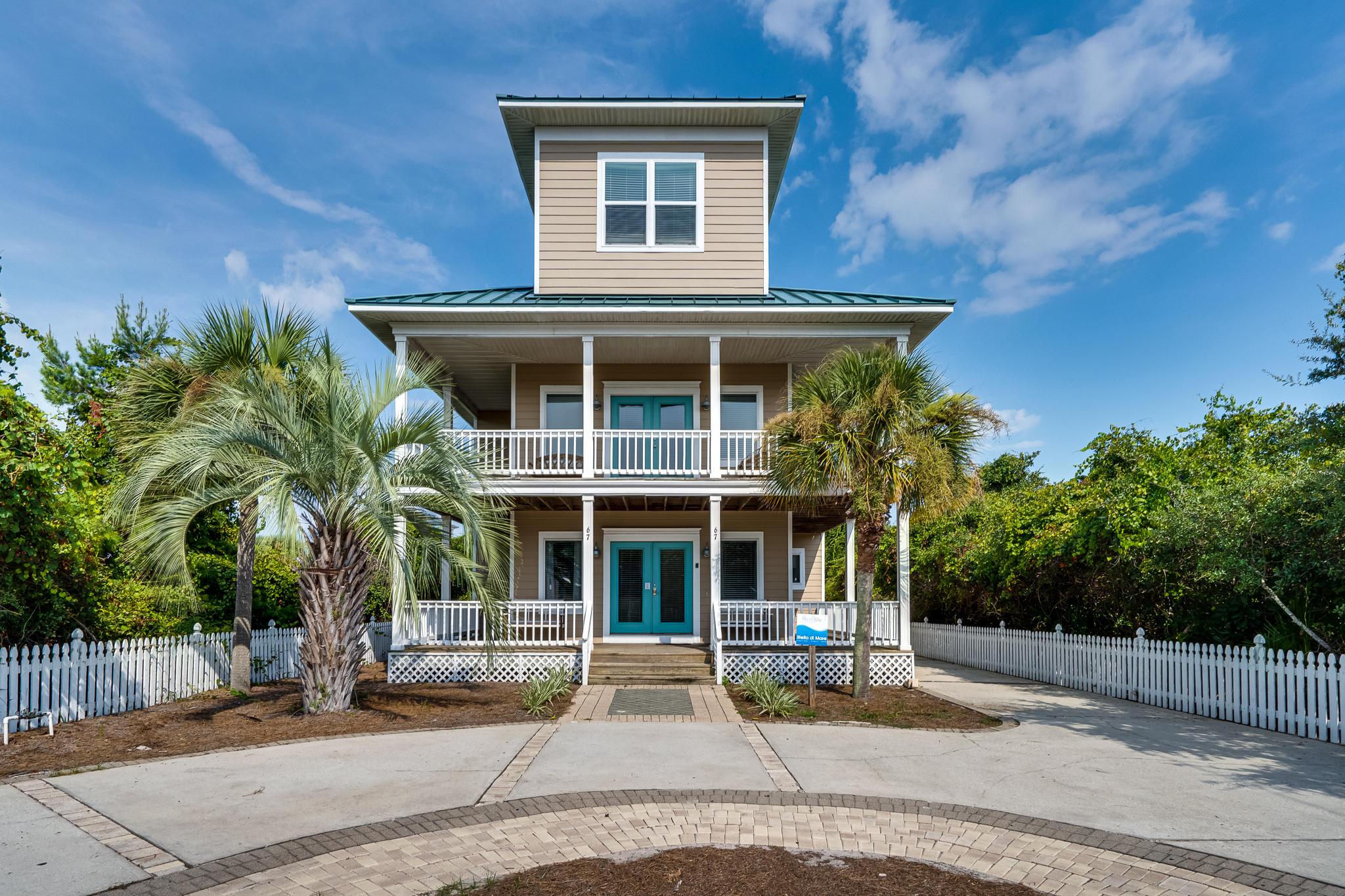 Photo of home for sale at 67 Cobia, Destin FL