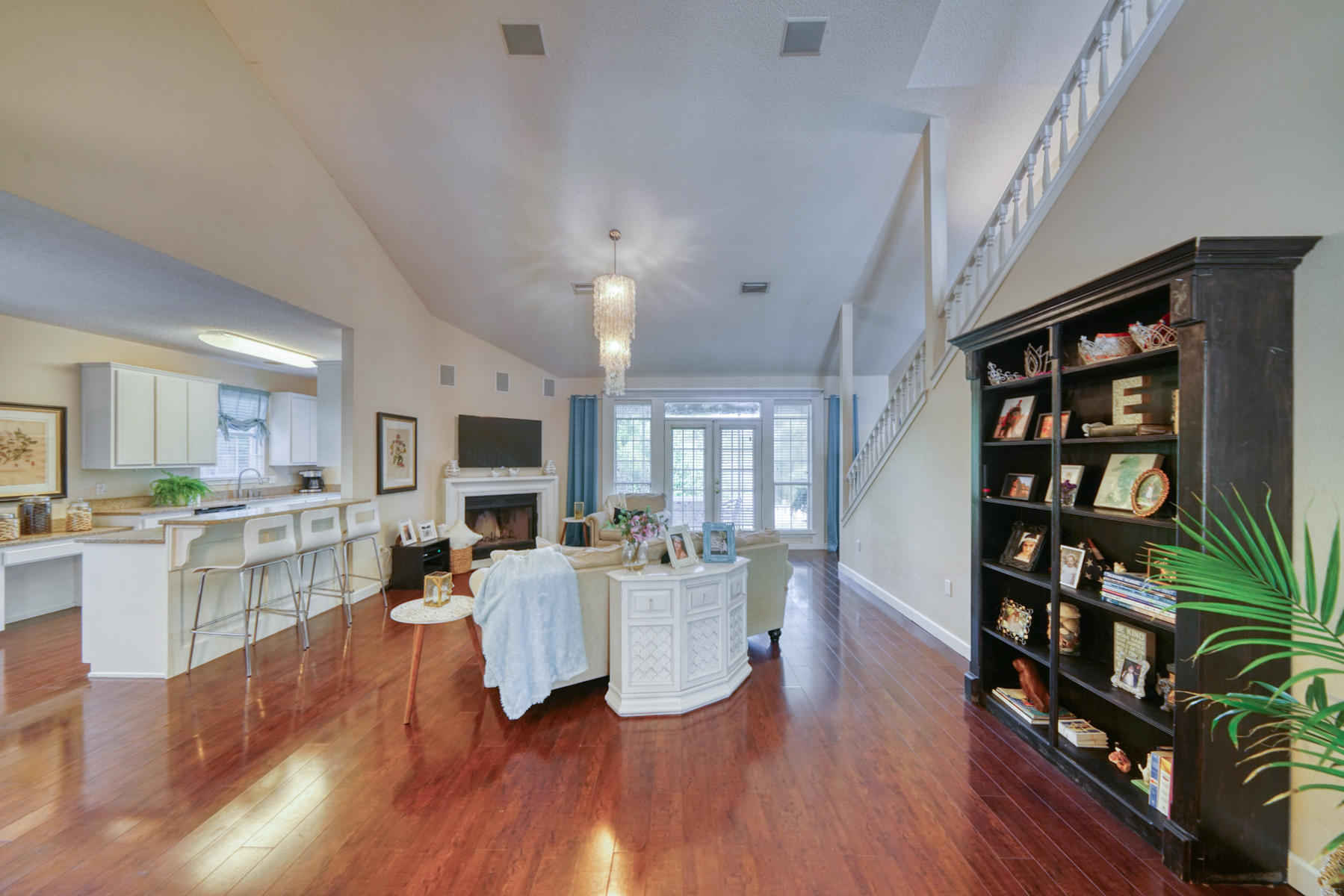 Photo of home for sale at 555 Calle Escada, Santa Rosa Beach FL