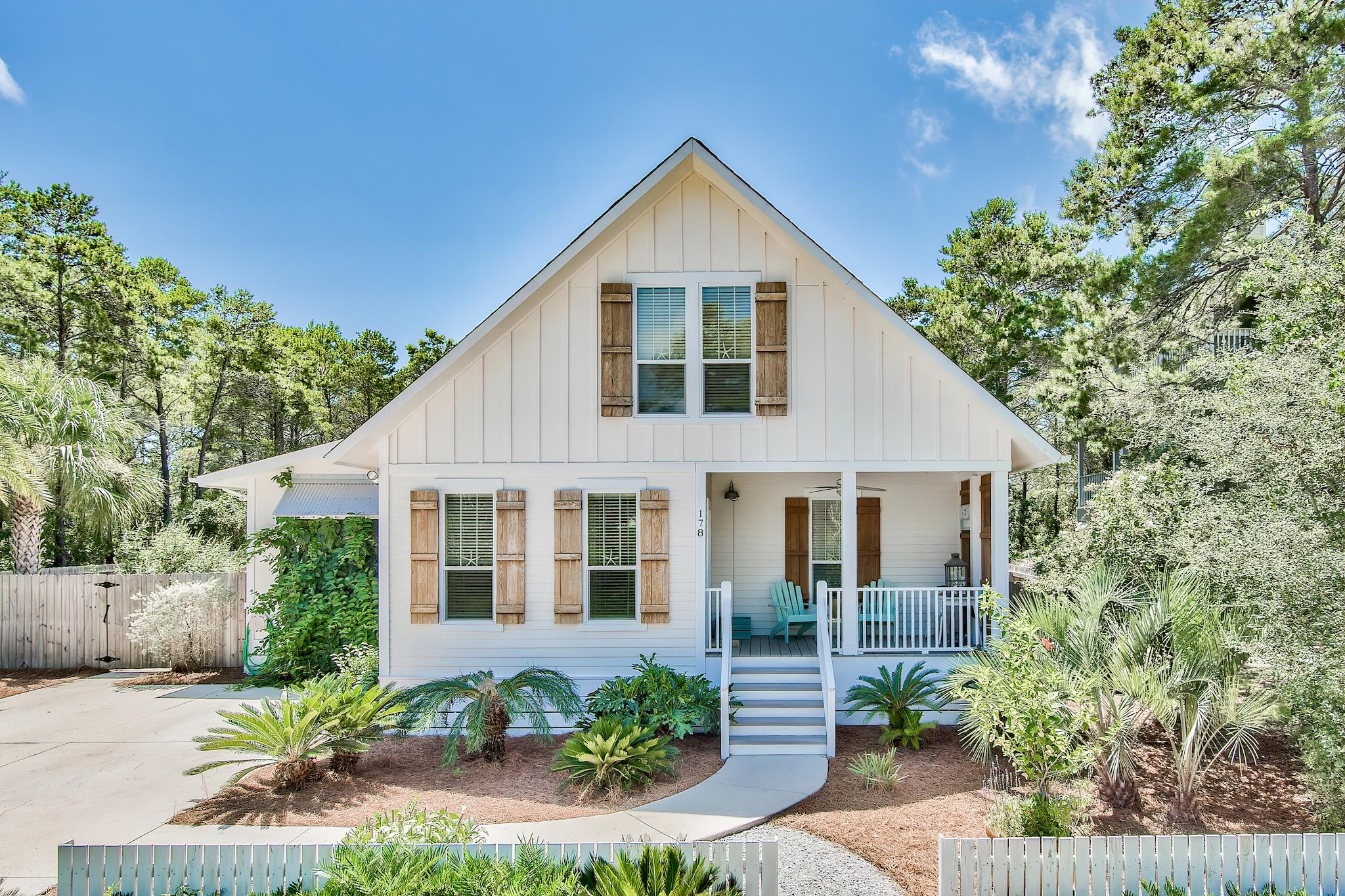 Photo of home for sale at 178 Buddy, Santa Rosa Beach FL